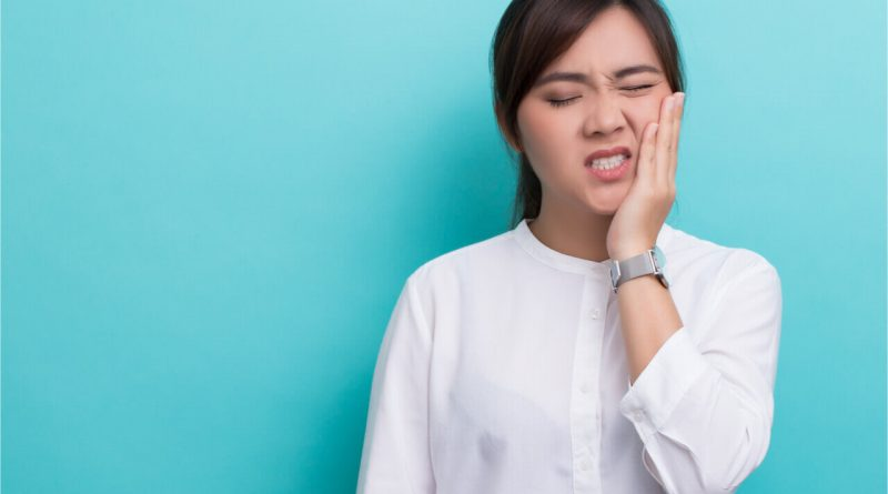 pain after dental implants